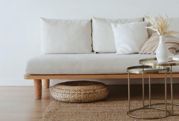 Poduszki dekoracyjne – mały element, o który warto zadbać